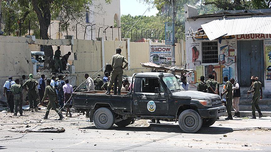 Top Somali general killed in Mogadishu vehicle bomb