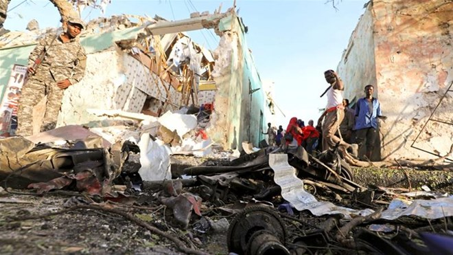 14 die in Somalia vehicle  blast